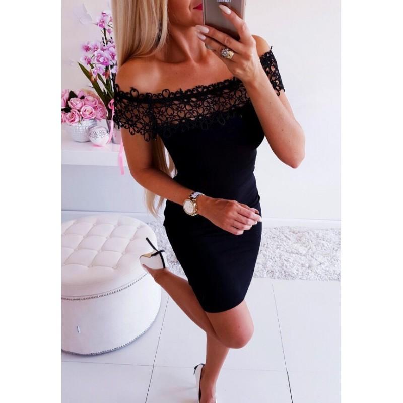 Черна дамска рокля с рязана дантела