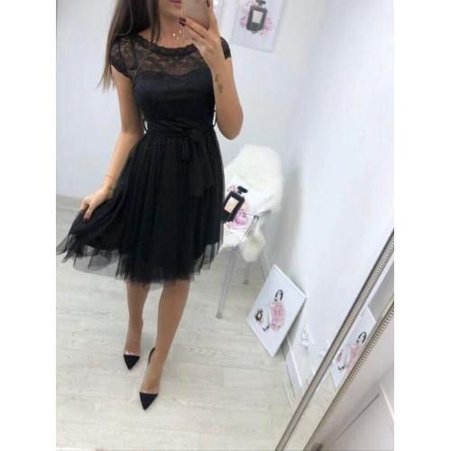Черна рокля с тюл