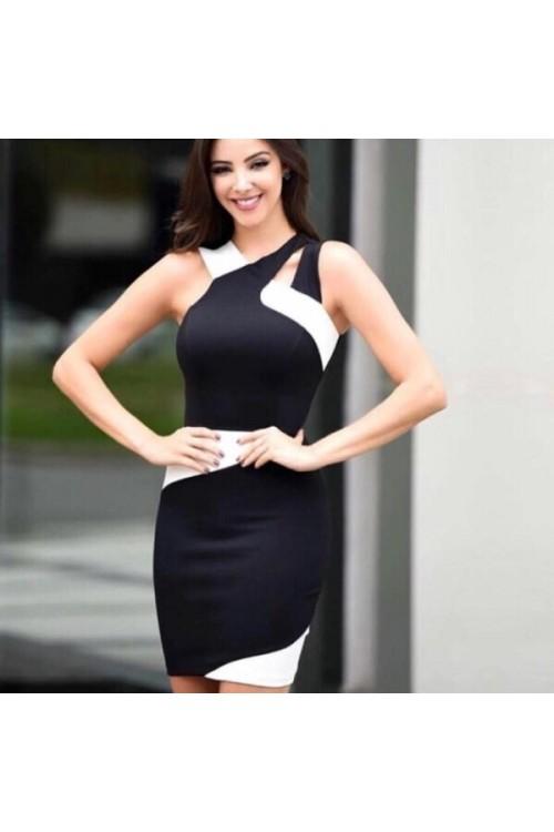 Черно бяла рокля