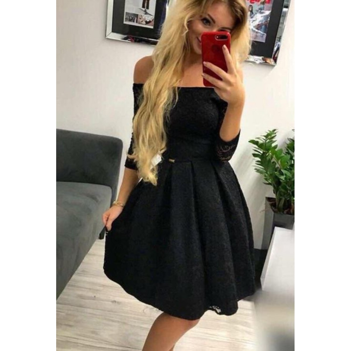 Дамска дантелена рокля - черна
