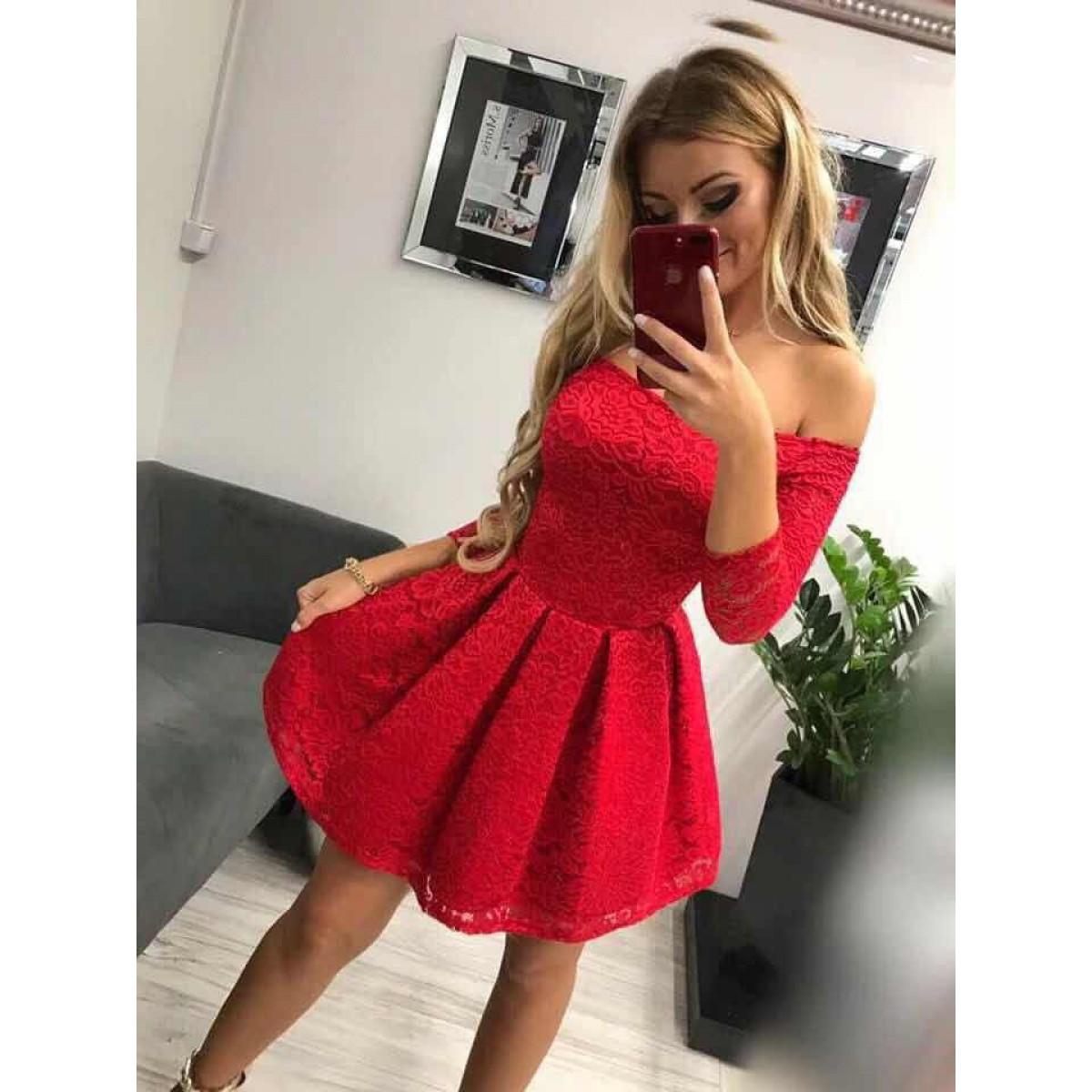 Дамска дантелена рокля - червена