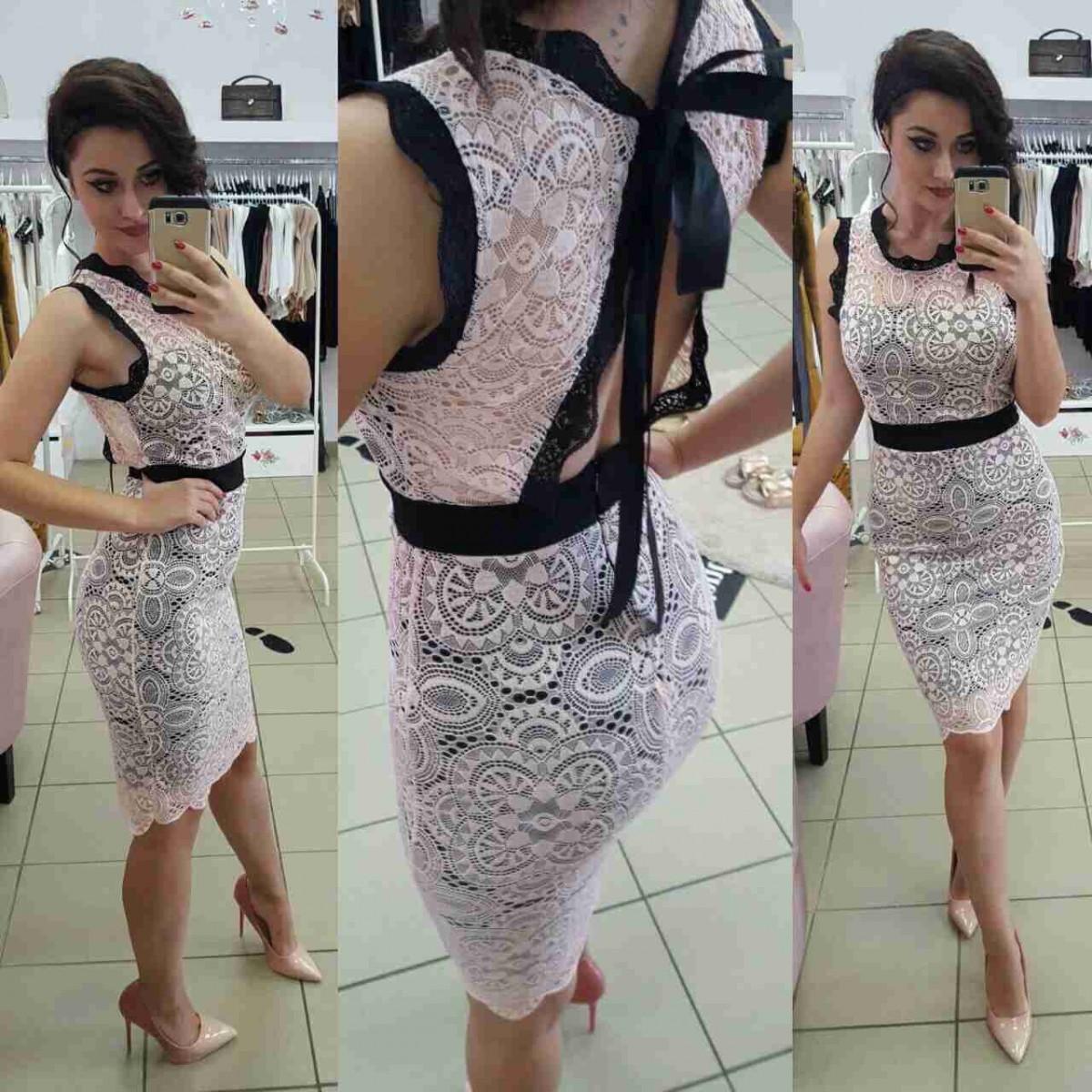Дамска къса рокля в бяло