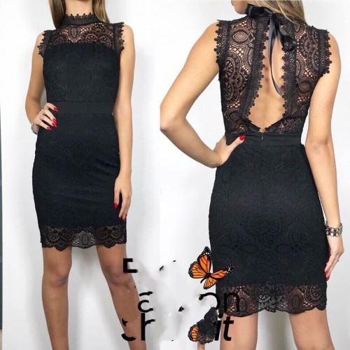 Дамска къса рокля в черно