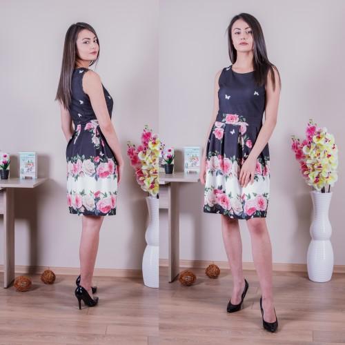 Дамска разкроена рокля на цветя - черна