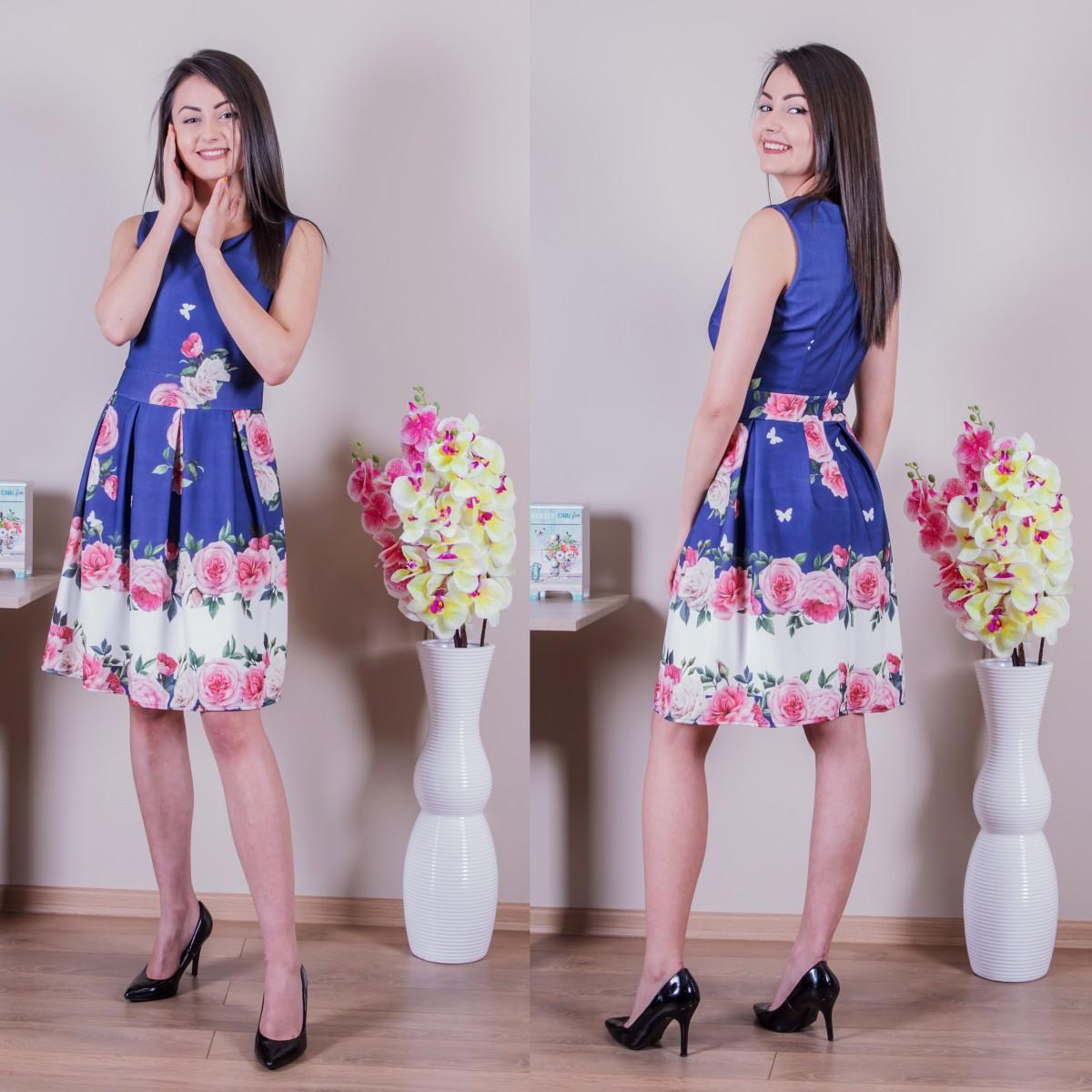 Дамска разкроена рокля на цветя - тъмносиня