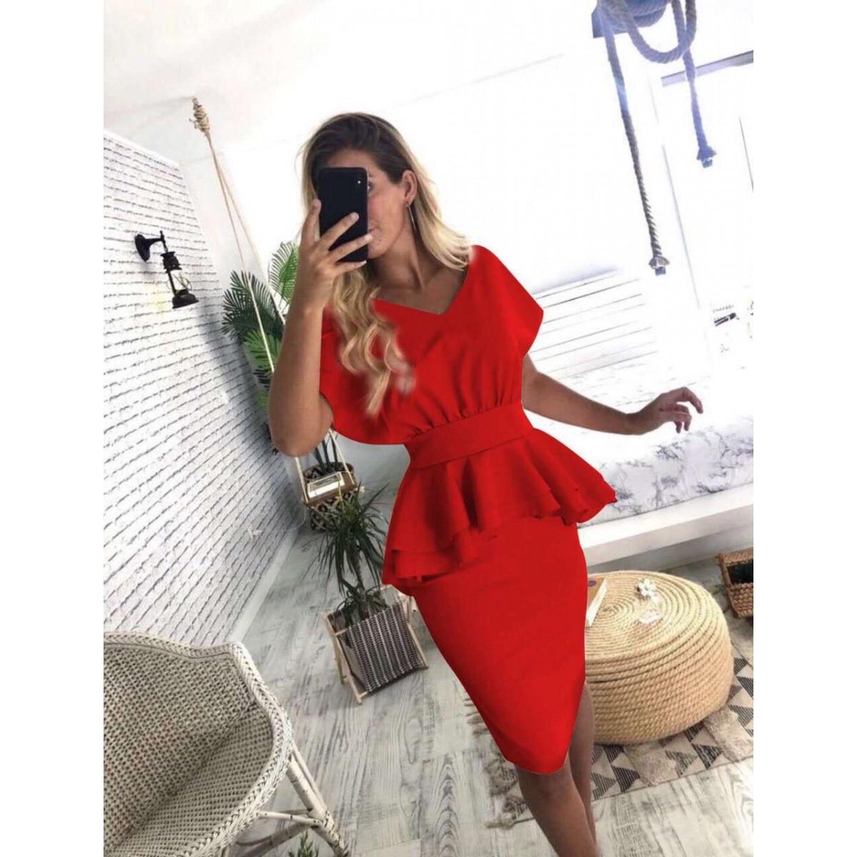 Дамска рокля в червен цвят
