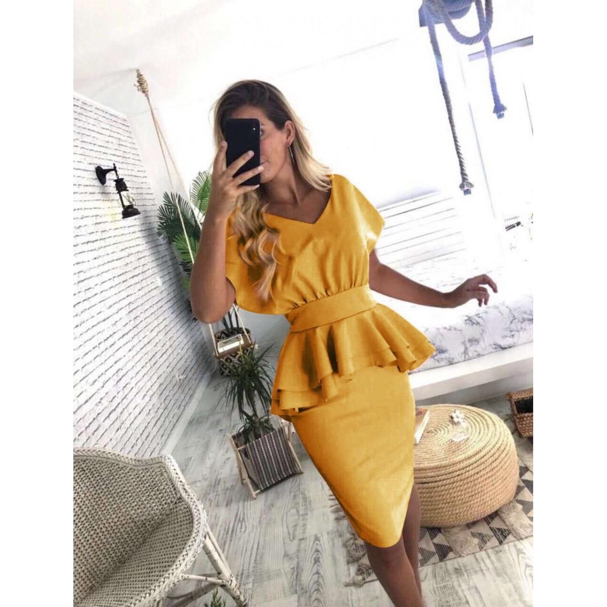 Дамска рокля в жълт цвят