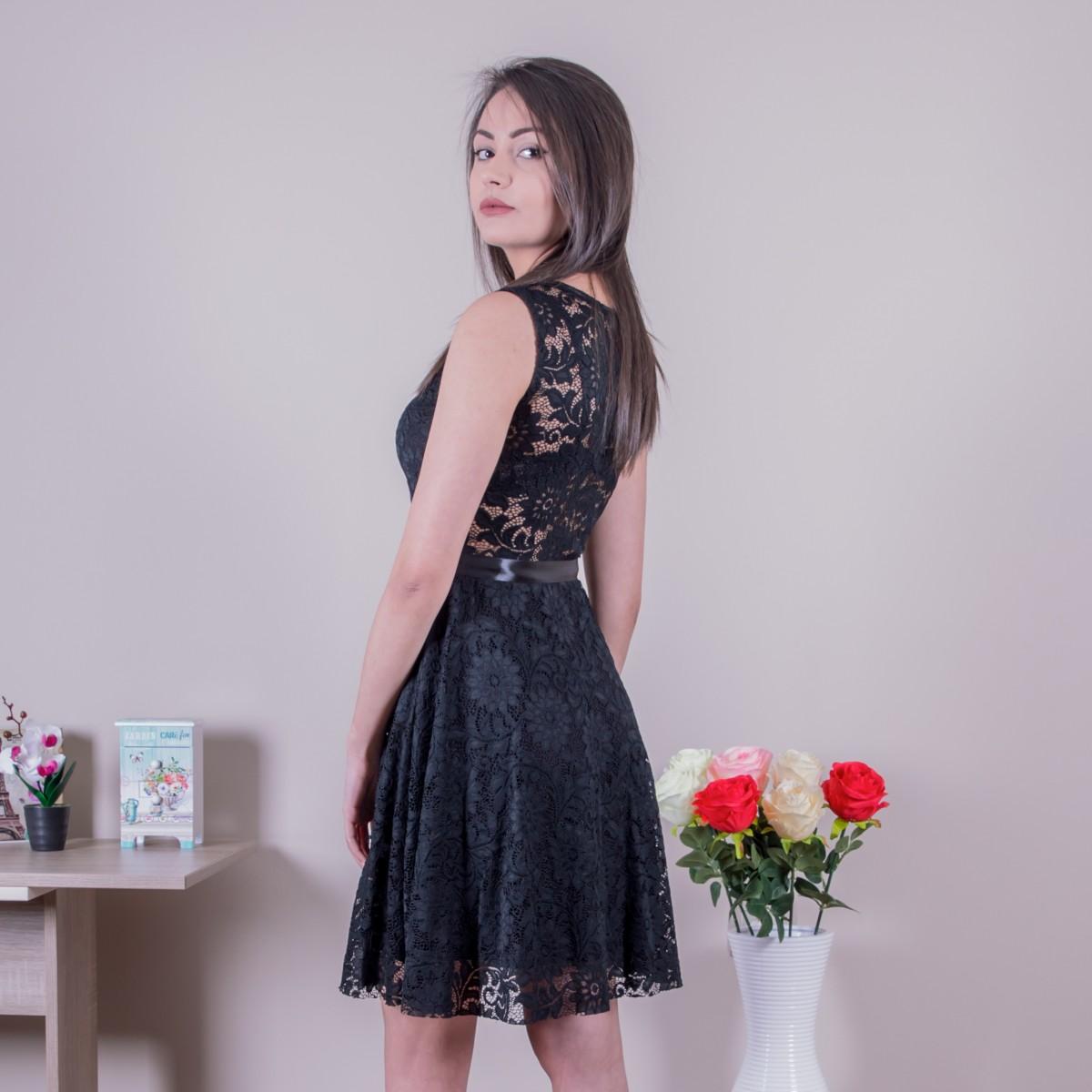 Дамска стилна рокля в черно Снимка 2 от 2