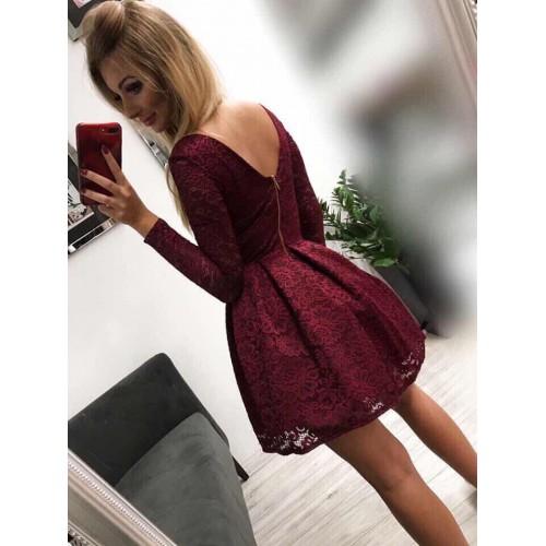 Дантелена бордо рокля