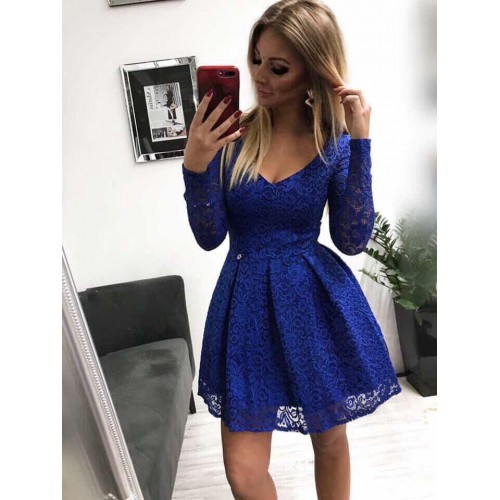 Дантелена синя рокля