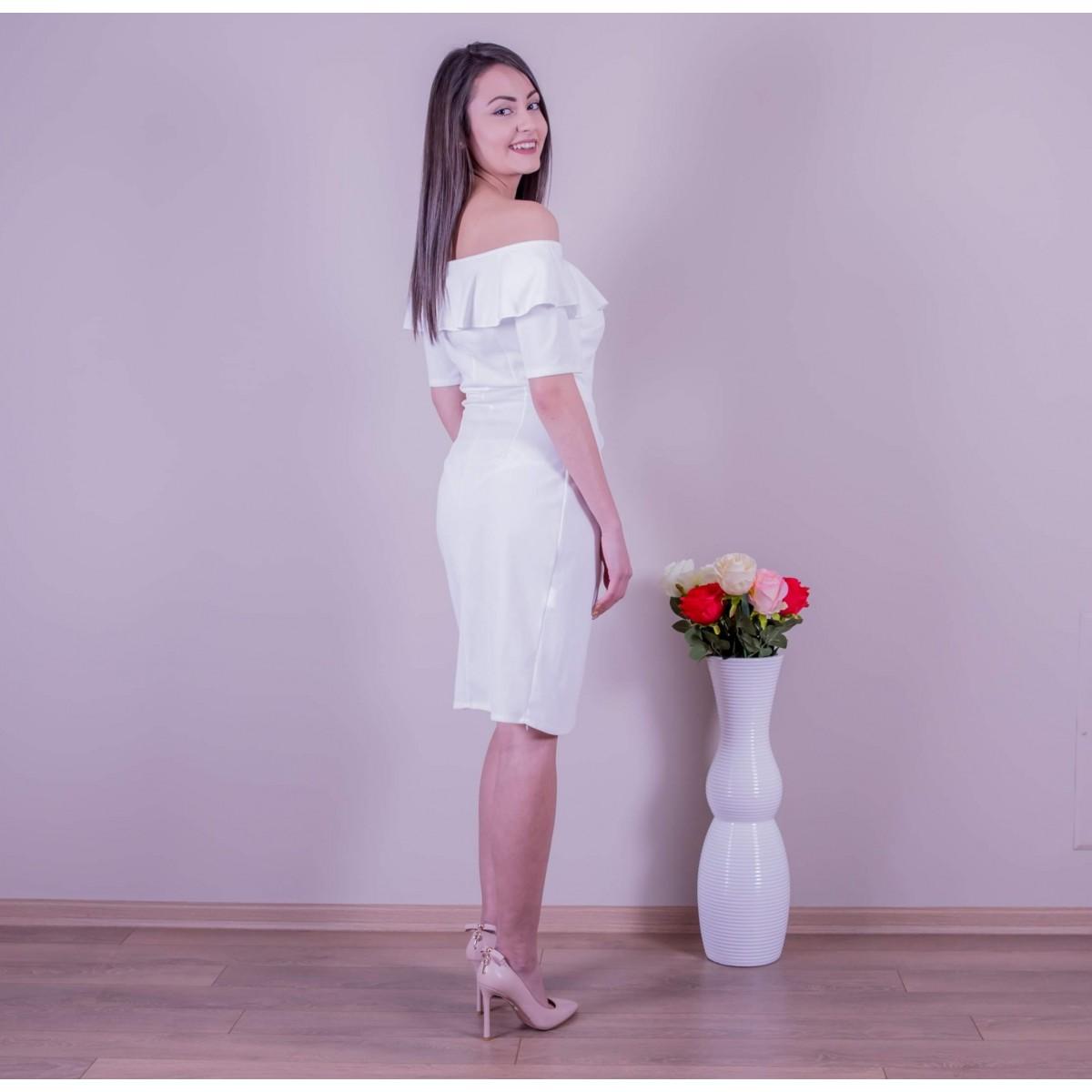 Бяла рокля с цепка  Снимка 2 от 2