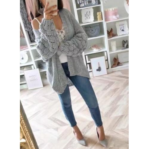 Дамска плетена жилетка с широки ръкави в сиво