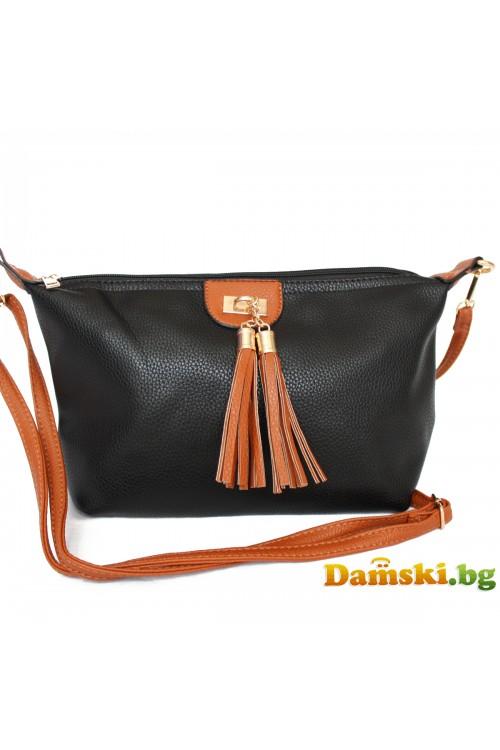 Дамска чанта през рамо - пискюли
