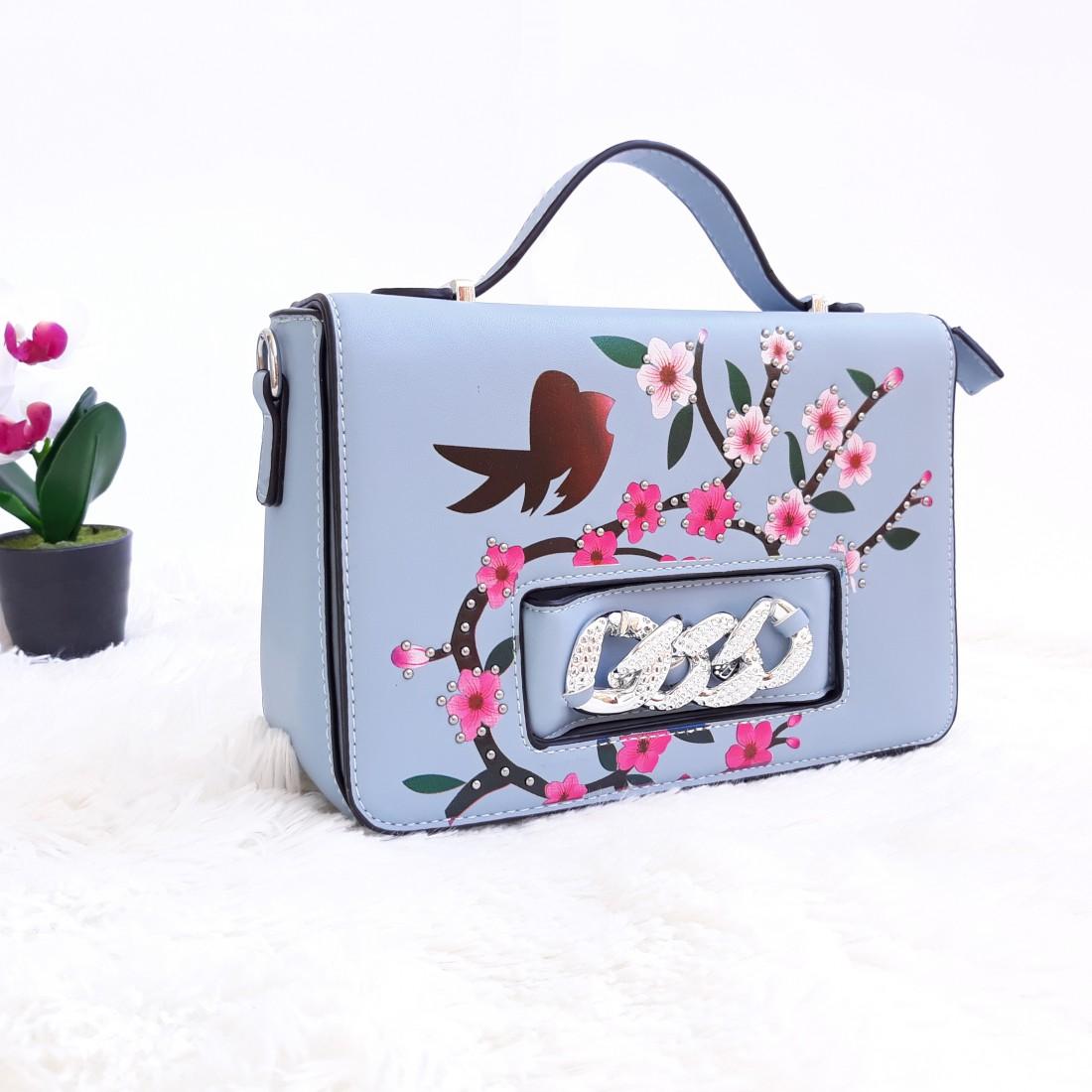 Дамска чанта през рамо - код 2827 - светло синя