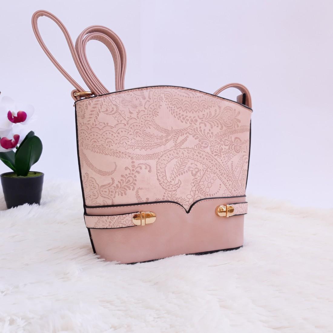 Дамска чанта през рамо - код 2830