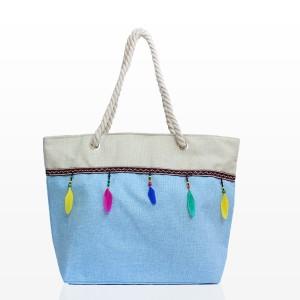 Плажни Чанти с Пера в Светло Син Цвят