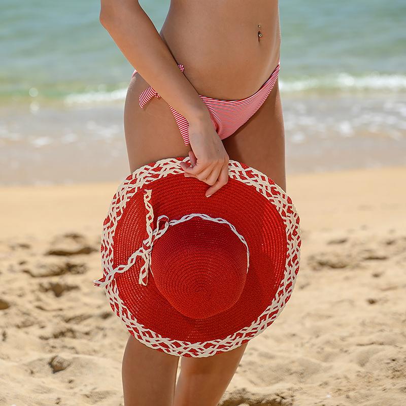 Плажни шапки - червена