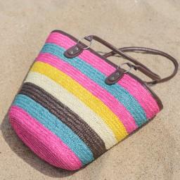 Плетена голяма плажна чанта - цветна