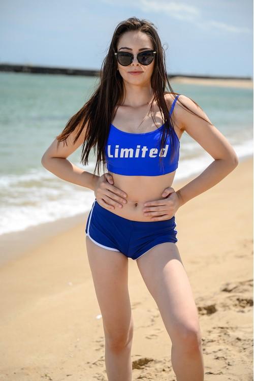 Спортен дамски бански в синьо и черно
