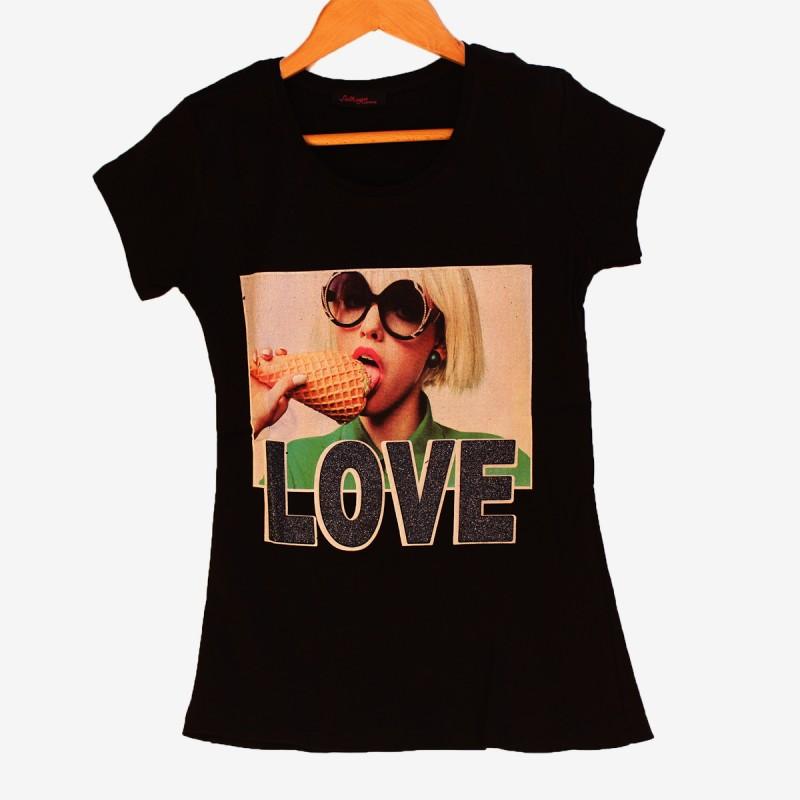 Лятна тениска Love в черен цвят