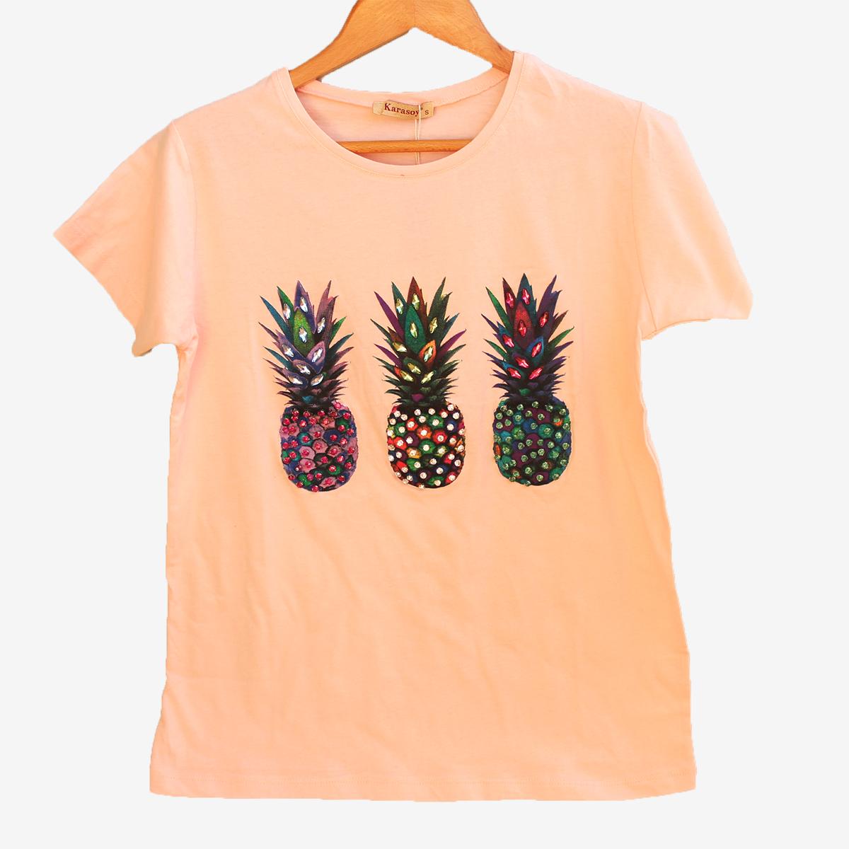 Страхотна дамска тениска с ананаси