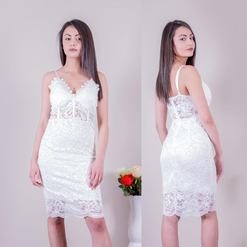 Секси дантелена рокля в бяло