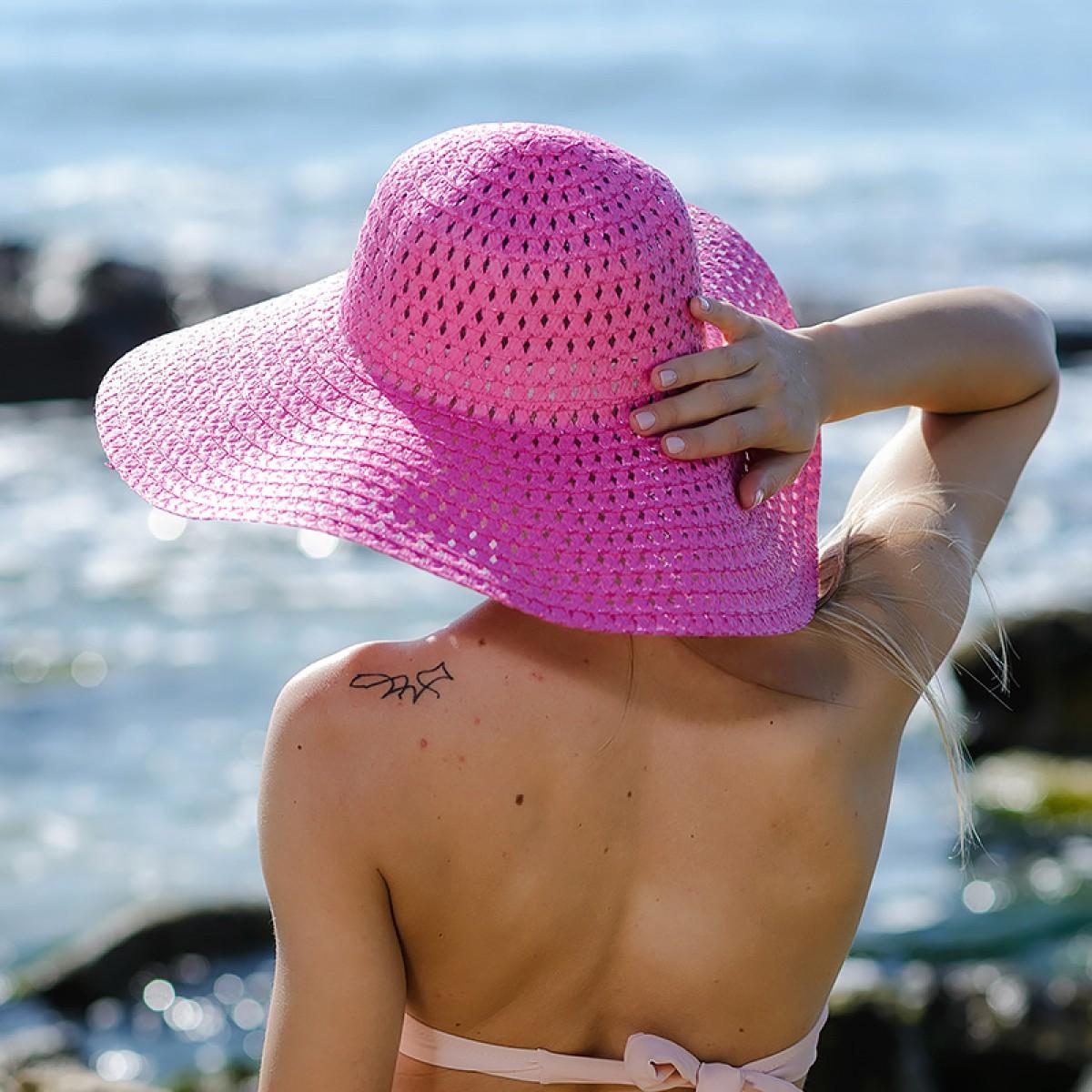 Плажна шапка с голяма периферия - розова Снимка 3 от 3