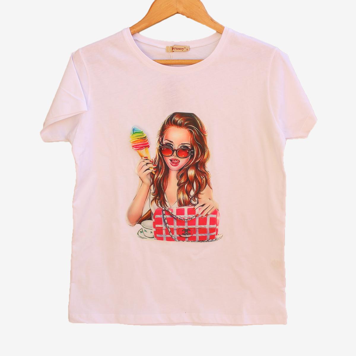 Дамска тениска с 3D апликация в бяло